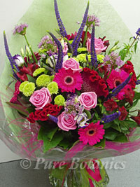 Flower bouquet for corporate customer