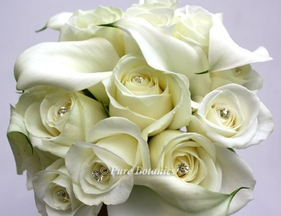 Ivory calla lily rose bouquet