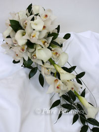 shower bouquet of orchids and calla lilies