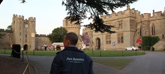 Pure botanics delivery wedding flowers to Warwick Castle