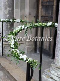 handrails-as-church-wedding-decorations