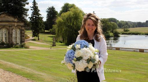 Hydrangea wedding flowers to Stoneleigh Abbey.