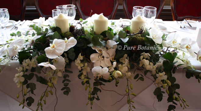 phalaenopsis-top-table-arrangement