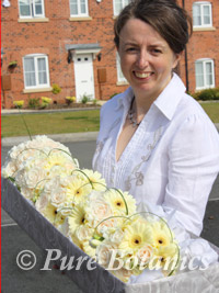 Delivering bridal flowers for a wedding in Stratford upon Avon