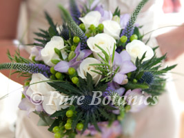 natural posy style bridal bouquet