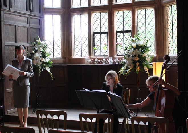 Pesdestal arrangements for a wedding at Kenilworth Castle