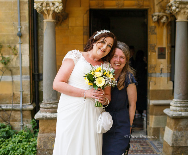 Cindy from Pure Botanics delivering wedding flowers to Ettington Park.